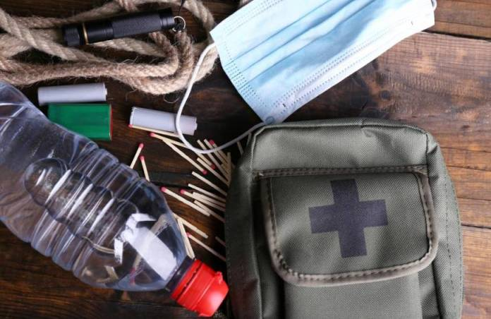 Pre Packed Bug Out Bag or DIY BOB: Which Is Best?