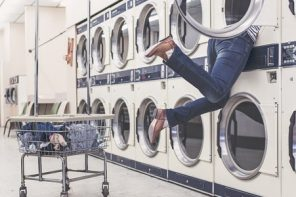 Natural Laundry Detergent That Works (Our 5 Favorites)
